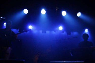 BOØWYの歌詞の魅力と名言を紹介!【いつも愛はすり抜けたけれど】